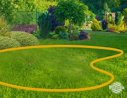 Dobrze jest zaznaczyć obszar rabaty na trawniku, aby urzeczywistnić nasze wyobrażenia.