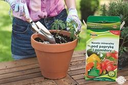 Nawozy granulowane to najczęściej stosowana forma nawozów w ogrodzie.
